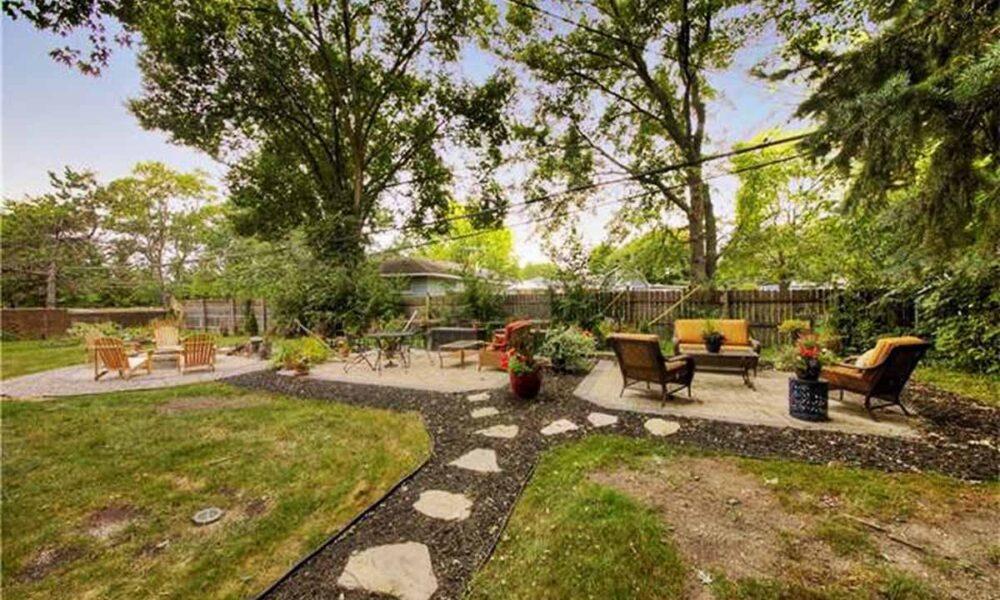 heartfelt residential care home back yard